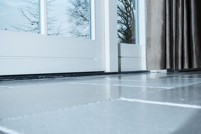 Marmer In Woonkamer : Perlato marmer vloer sleja tegel en natuursteenwerken