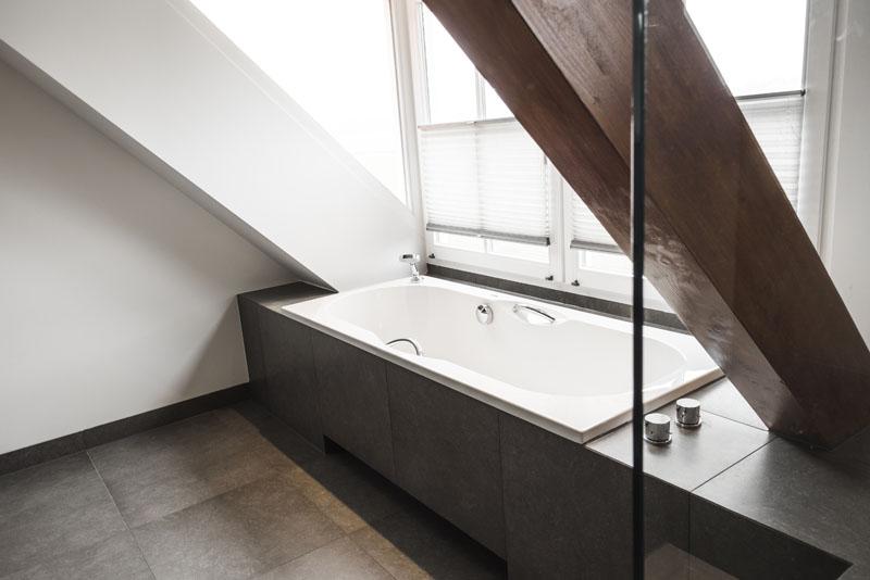 Exclusief Vloertegel Badkamer : Wand en vloertegels badkamer sleja tegel en natuursteenwerken
