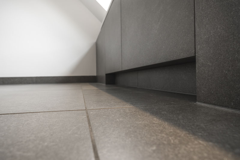 Cement Afwerking Badkamer : Wand en vloertegels badkamer sleja tegel en natuursteenwerken